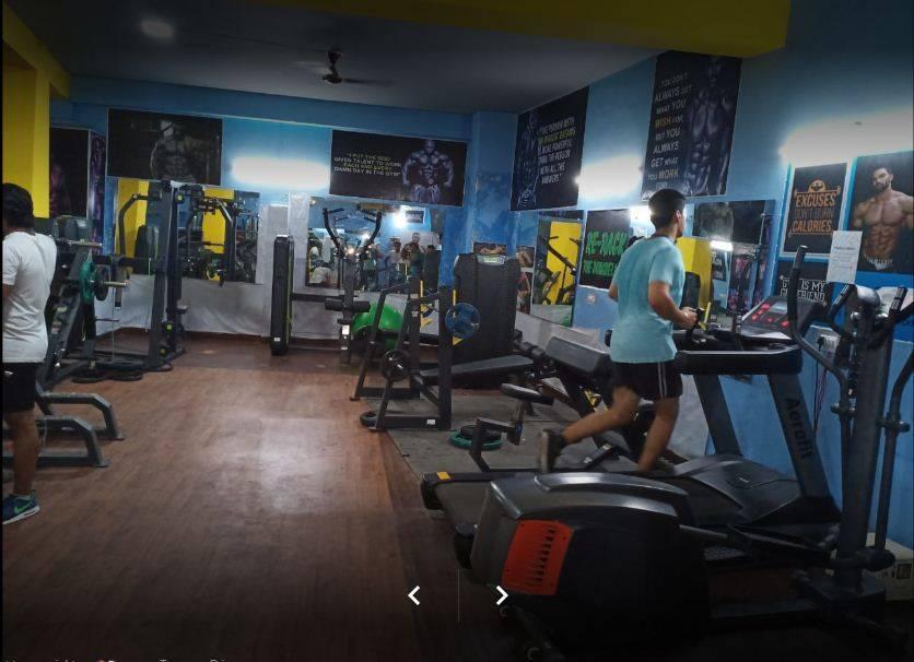 Gurugram-Sector-10A-D-fitness-gym_621_NjIx_MTEzMzg