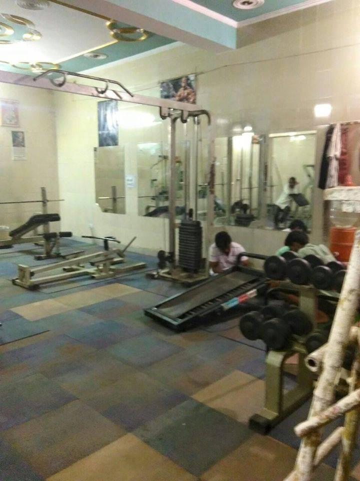 Gurugram-Sector-11-Bijender-health-club_624_NjI0_MTEyMzE