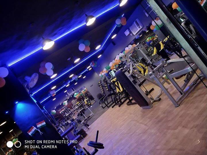 Gurugram-Sector-69-Celebrity-Fitness_855_ODU1_OTU4Mg