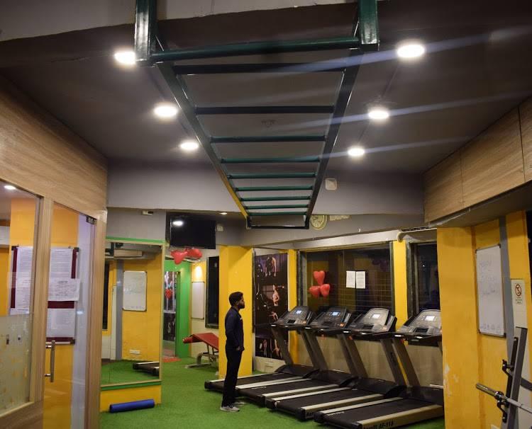 Mumbai-Dadar-10-Gym_1786_MTc4Ng_NDQ4MQ