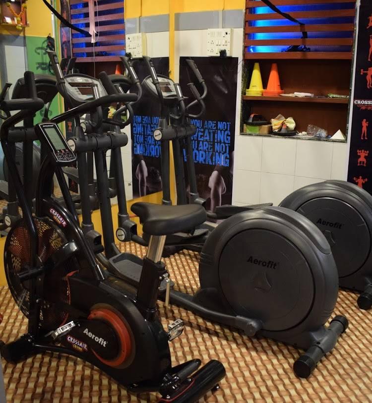 Mumbai-Dadar-10-Gym_1786_MTc4Ng_NDQ4Mg