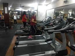 Mumbai-Malad-West-Classic-Fitness_1840_MTg0MA_NzQzOA