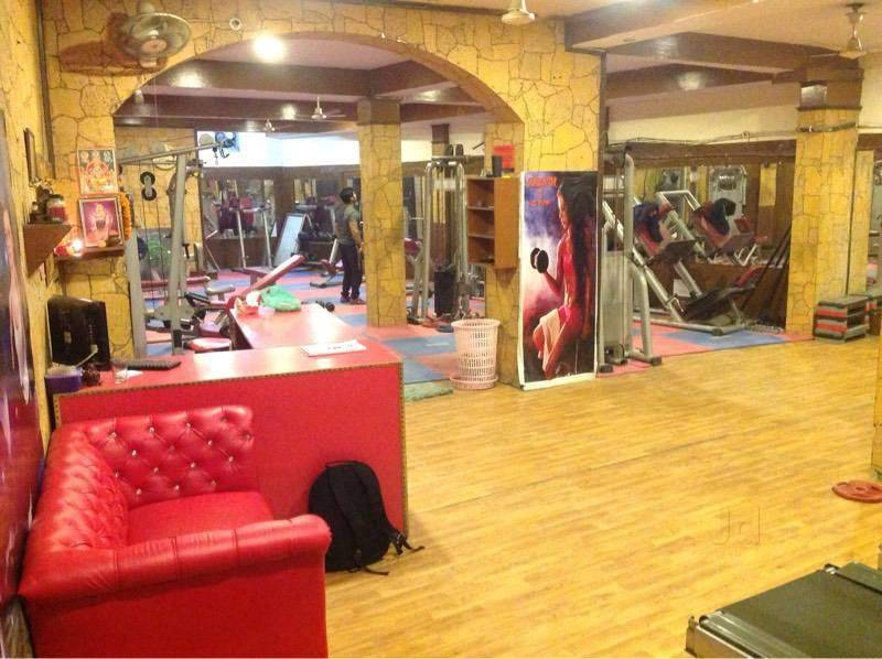 New-Delhi-Mahavir-Enclave-Fat-to-fit-fitness-center_806_ODA2_Mjc0Nw