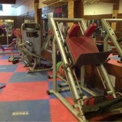 New-Delhi-Mahavir-Enclave-Fat-to-fit-fitness-center_806_ODA2_Mjc1Mg