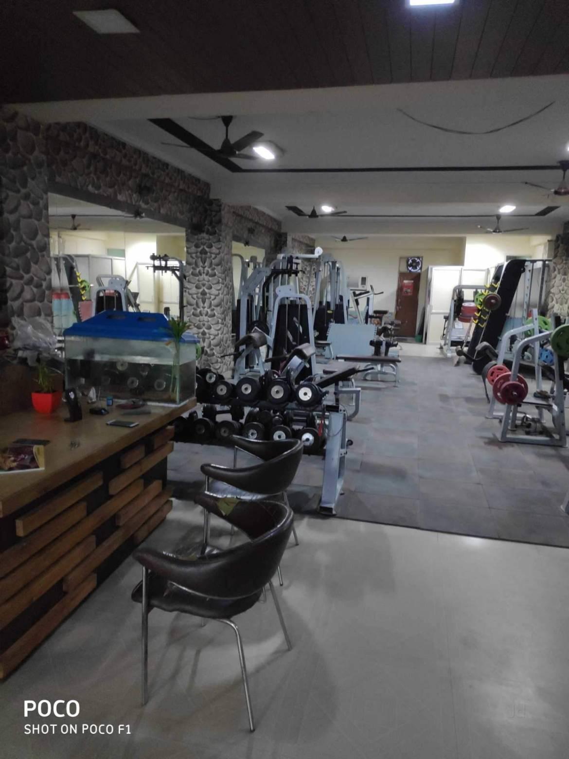 New-Delhi-Mahavir-Enclave-Fitness-point-gym_802_ODAy