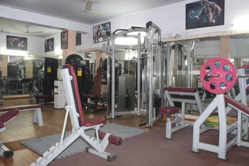 Noida-Sector-19-Workout-Gym_876_ODc2