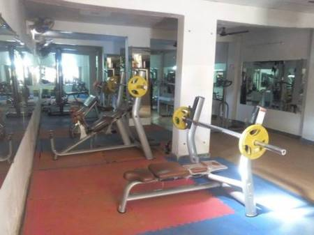 Noida-Sector-41-PLATINUM-GYM_898_ODk4