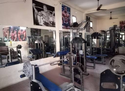 Noida-Sector-63-Perfect-Fitness-Health-Club_932_OTMy
