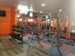 Noida-Sector-70-Pro-Fitness-Gym_913_OTEz