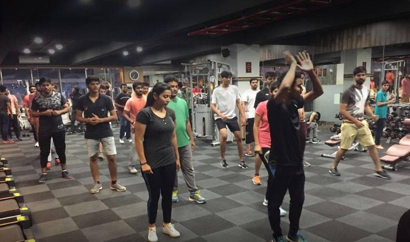 Surat-Sudama-chowk-F-and-S-Fitness_1118_MTExOA_MTAzNDg