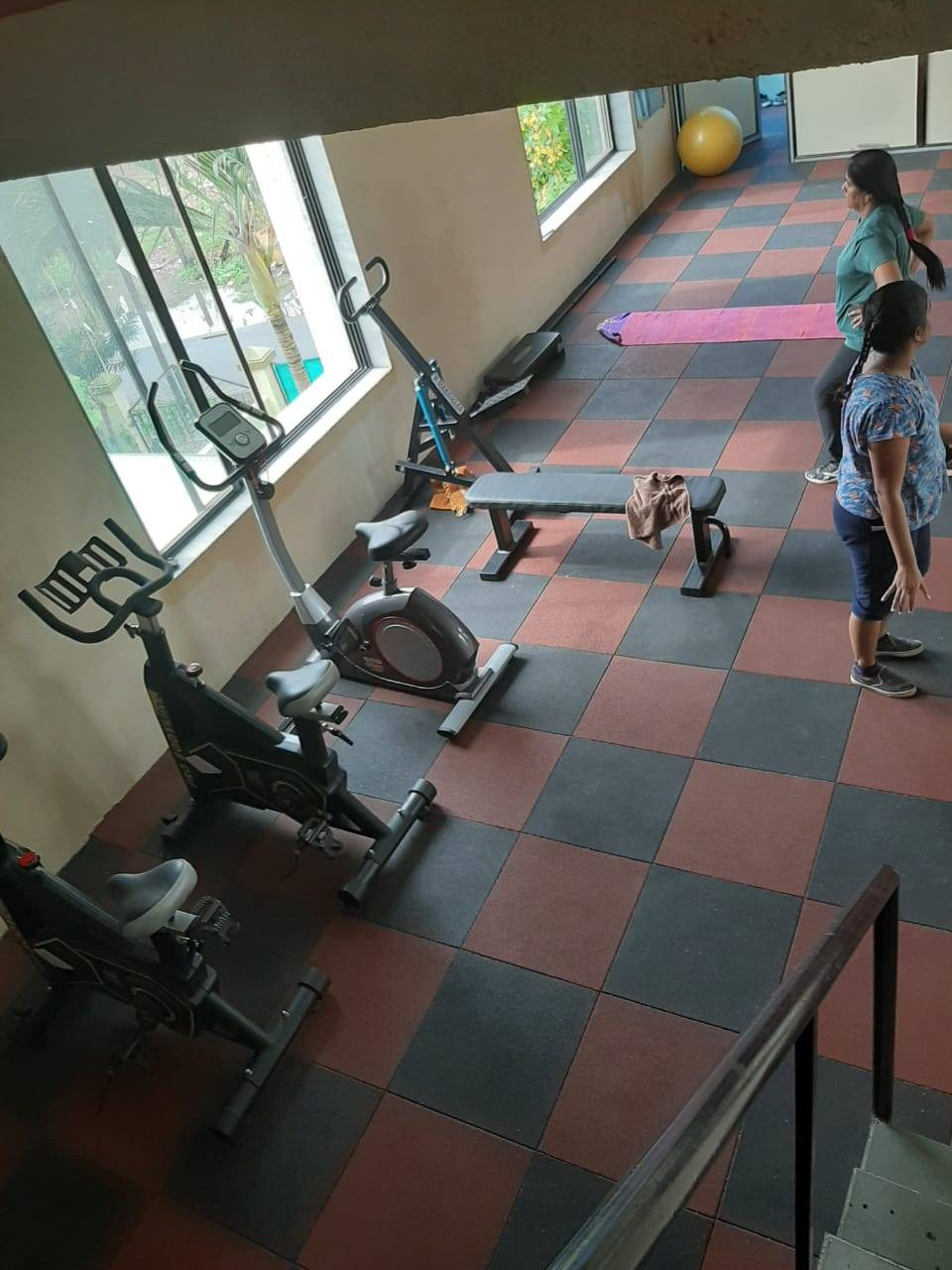 Valsad-Garib-Nawaz-Society-DFC-Decent-Fitness-Centre_384_Mzg0