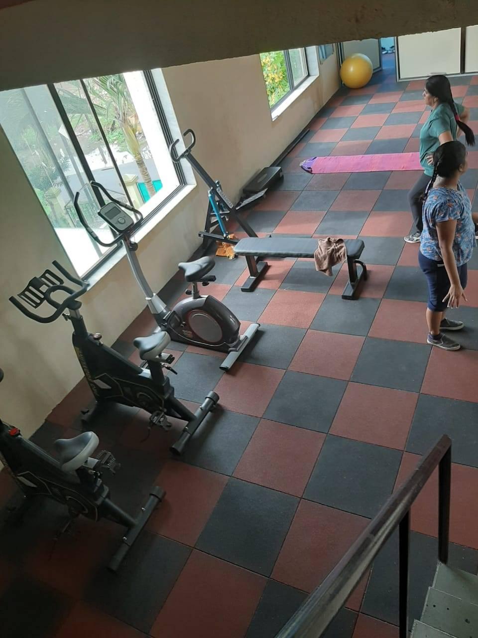 Valsad-Garib-Nawaz-Society-DFC-Decent-Fitness-Centre_384_Mzg0_MTIwOA