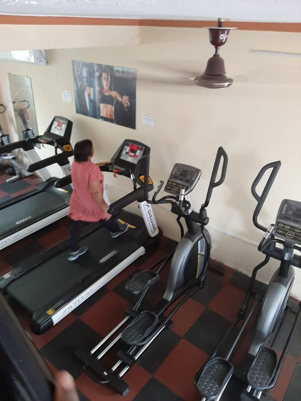 Valsad-Garib-Nawaz-Society-DFC-Decent-Fitness-Centre_384_Mzg0_MTIwOQ