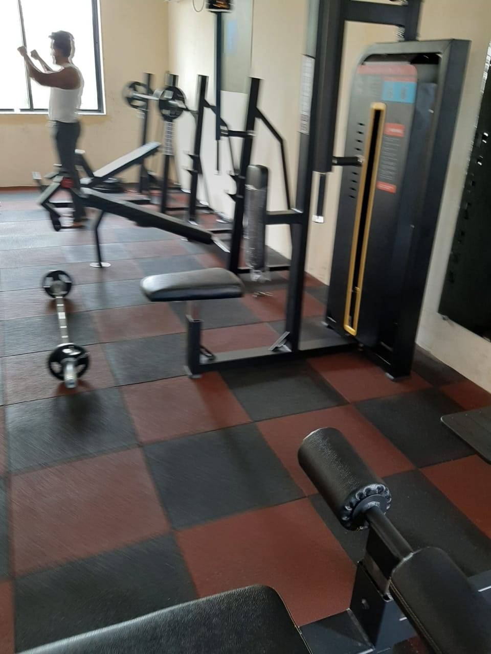 Valsad-Garib-Nawaz-Society-DFC-Decent-Fitness-Centre_384_Mzg0_MTIxMw