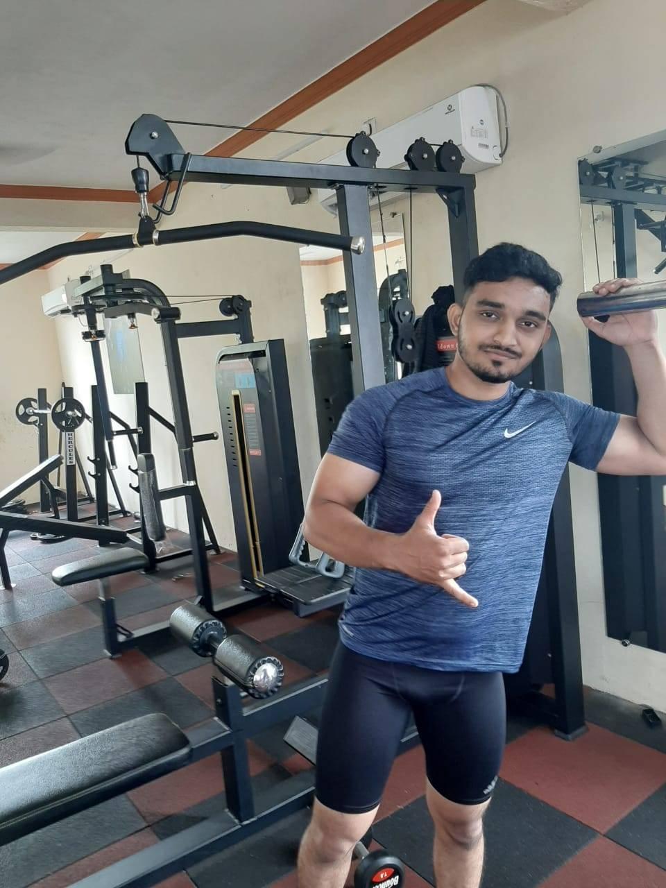 Valsad-Garib-Nawaz-Society-DFC-Decent-Fitness-Centre_384_Mzg0_MTIxNA