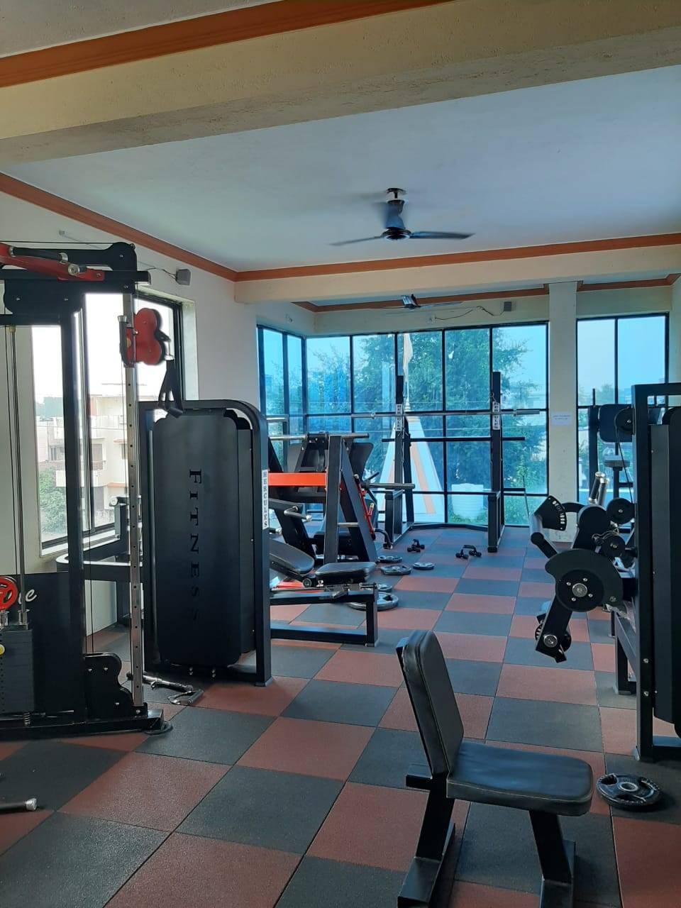 Valsad-Garib-Nawaz-Society-DFC-Decent-Fitness-Centre_384_Mzg0_MTIxNQ