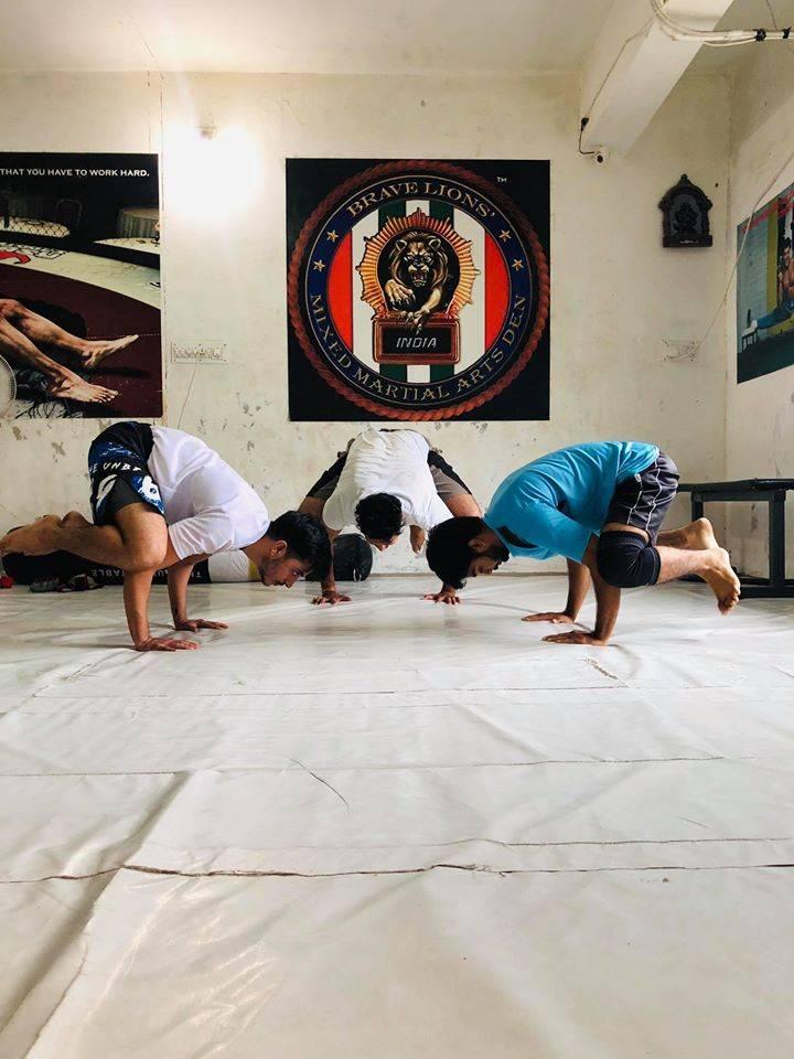 gandhinagar-sector-21-Brave-Lions-Den-Mma-Fitness-Gym_288_Mjg4_OTEyOQ