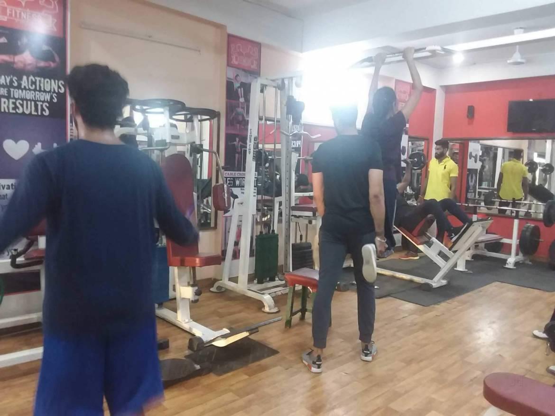 jaipur-raja-park-Fitness-First-Gym-_478_NDc4_MTU4OA