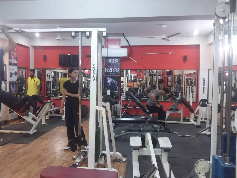 jaipur-raja-park-Fitness-First-Gym-_478_NDc4_MTYwMA